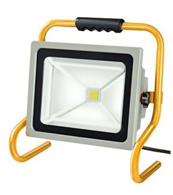 LED Baustrahler Test Brennenstuhl