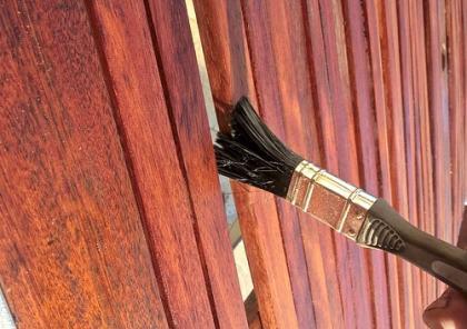 Holz lackieren Anleitung