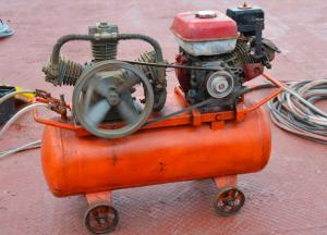Benzin Kompressor fuer Druckluft